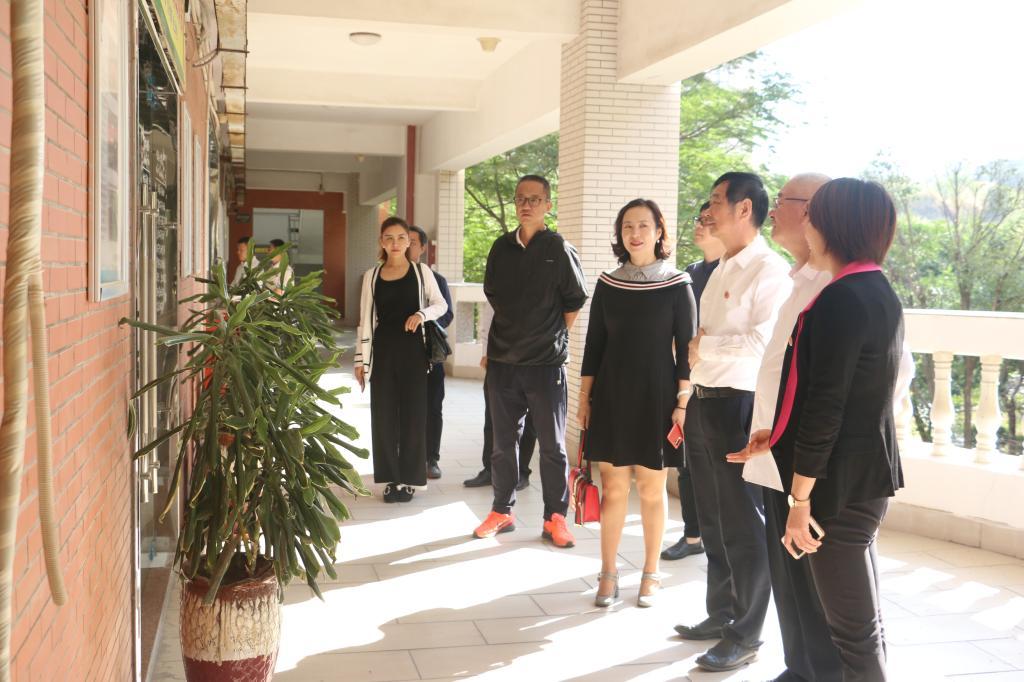 厦门东海职业学院来永宝校长一行到校参观交流